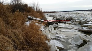 11-20 River at Kalskag at 2100
